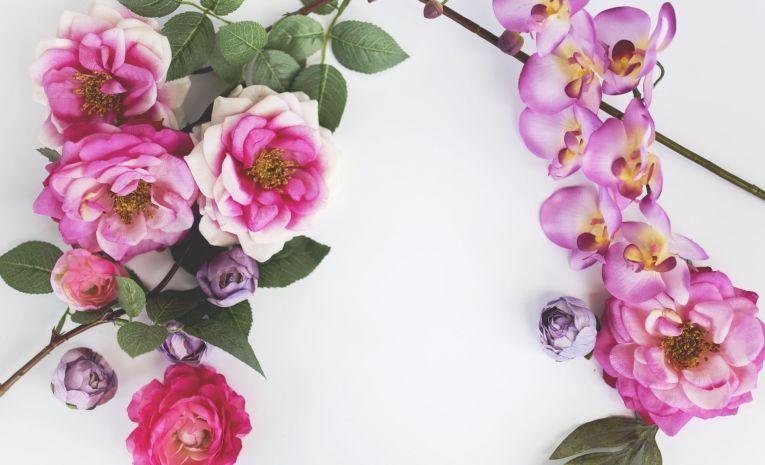 Atelier floral : suspension et tissage de fleurs séchées